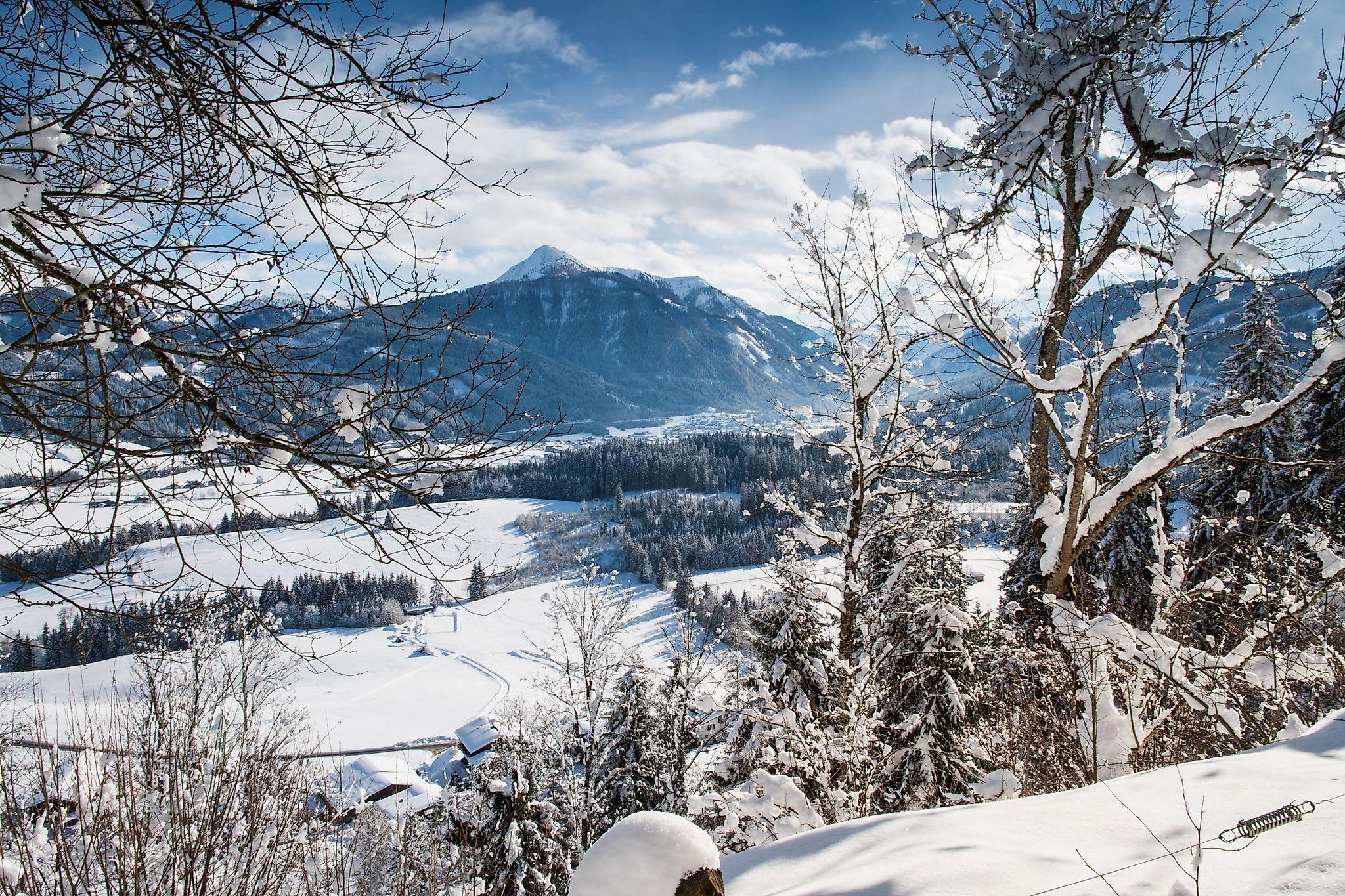 <p>Wintersportort Flachau - tief verschneit</p>