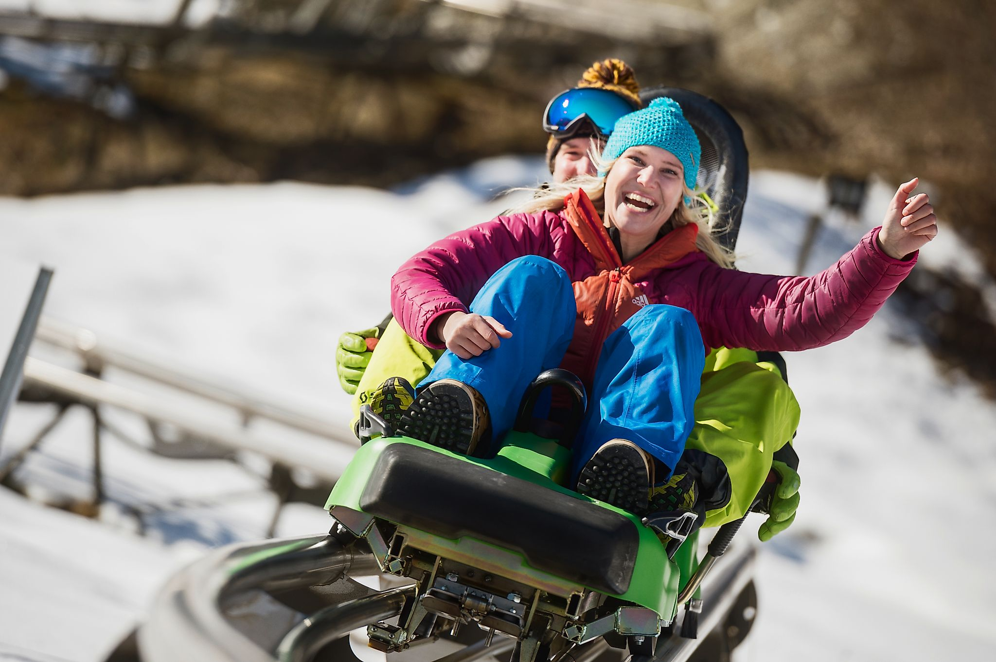 <p>The Lucky Flitzer promises fun and adventure for everyone. The cool alpine roller coaster in Flachau is also open in the evening under floodlights</p>