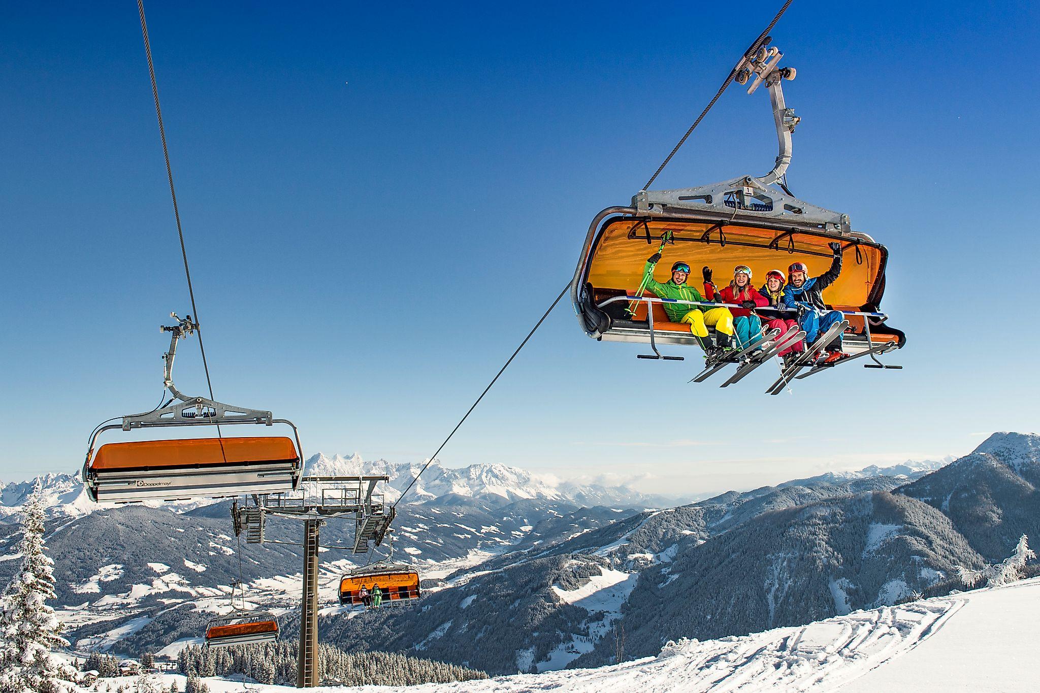 <p>Komfortable Auffahrt mit modernsten Liftanlagen im Snow Space Salzburg Flachau.</p>
